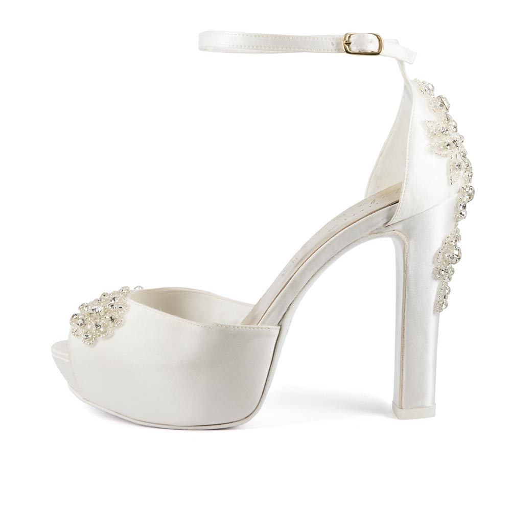 AMAREA • Stella Blanc: wedding shoes Made in Italy
